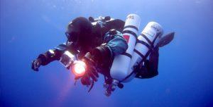 La parte di acque libere di un corso di subacquea tecnica è fondamentale per sviluppare consapevolezza situazionale